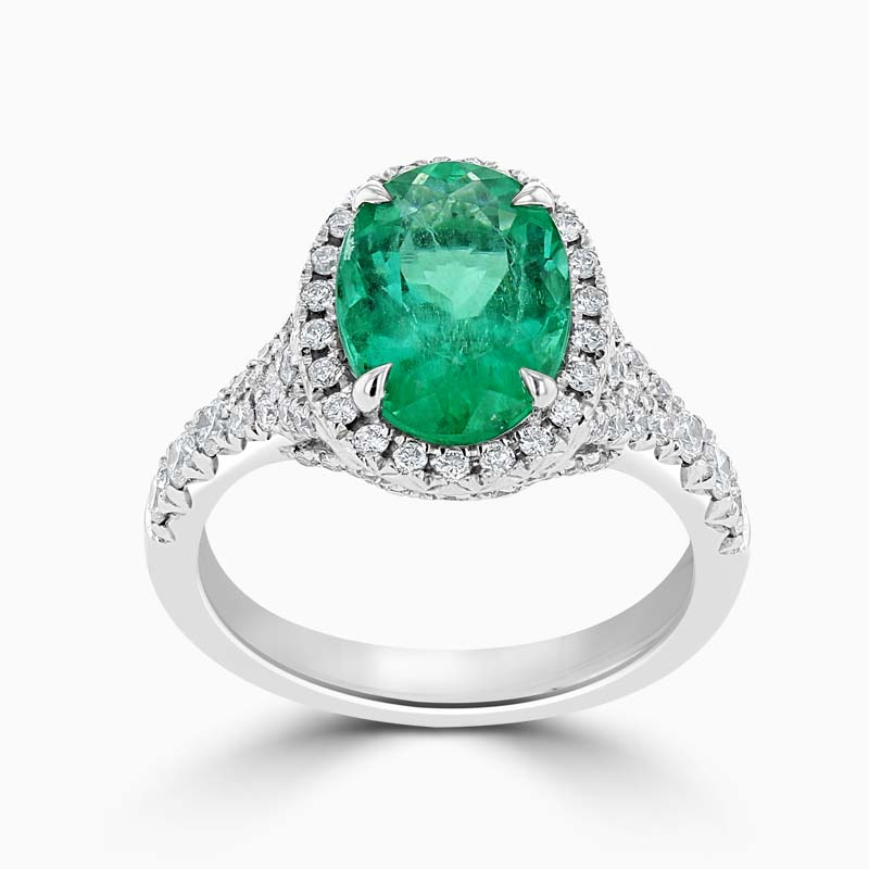 18ct White Gold Oval Shape Green Emerald & Diamond Dress Ring