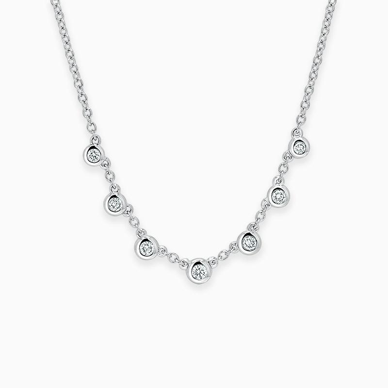 18ct White Gold Round Brilliant Seven Diamond Necklace