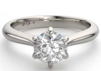 6-claw setting engagement ring