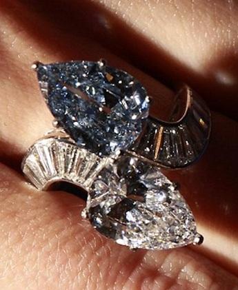 A unique blue diamond ring by Bulgari fetched £1.9 Million at auction