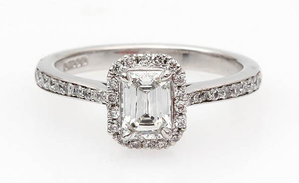 emerald cut diamond ring halo