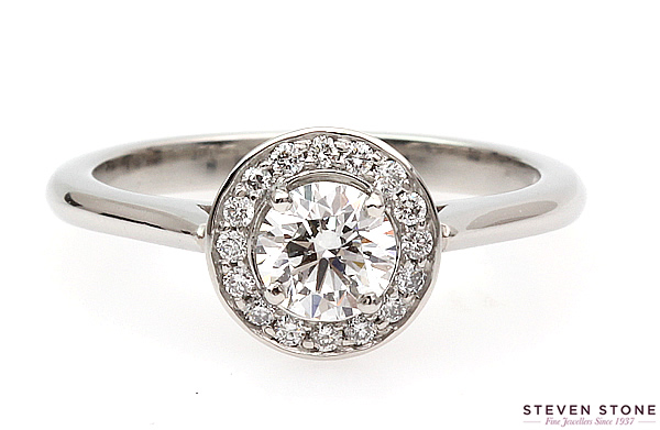 halo diamond engagemen ring