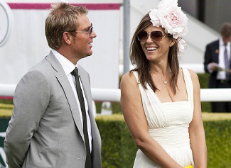 Liz Hurley and Shane Warne Deny reports of their Engagement!