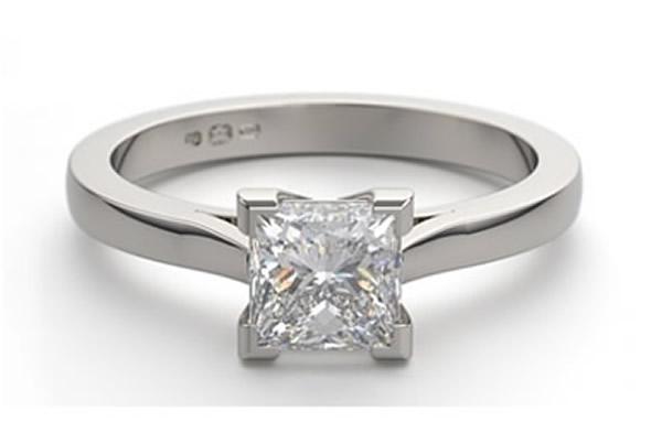 princess cut diamond engagement ring shape