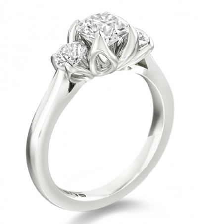 round diamond three ring