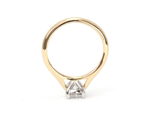solitaire diamond engagement ring 18ct yellow gold 2